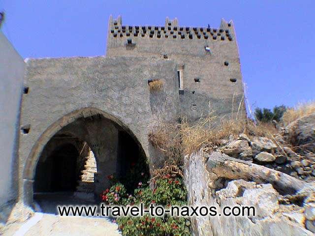 AGIOS ARSENIOS - Small castle in Agios Arsenios.