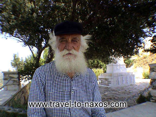 APIRANTHOS OLD MAN - A kind old man in Apeiranthos village that gave us instructions (in Greek!)