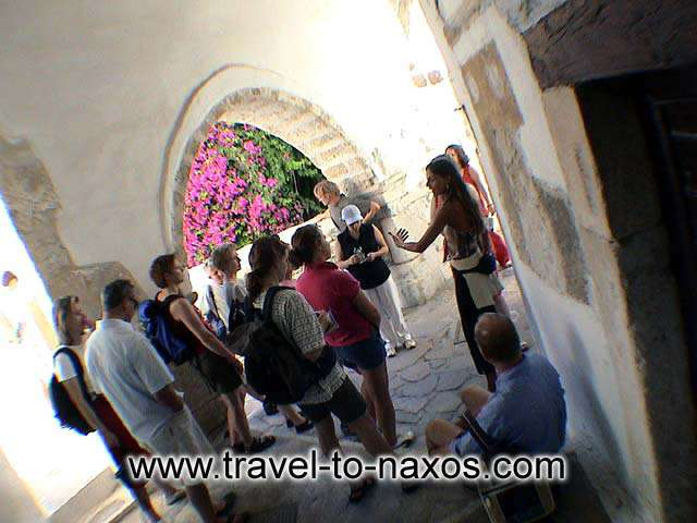 CHORA CASTLE - Let me guide you to the castle of Naxos...