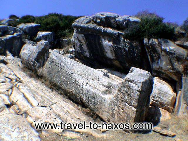 The Archaic Kouros at Apollonas. NAXOS PHOTO GALLERY - APOLLONAS KOUROS