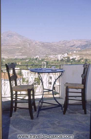 VENETIKO - NAXOS FILOXENIA IN  CHORA - GALINI