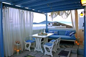 SIGMA STUDIOS IN  Agios Georgios