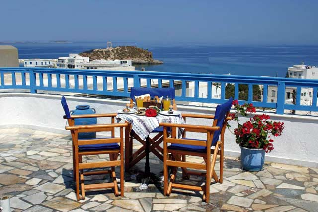 Enjoy your breakfast with a great view to Portara CLICK TO ENLARGE