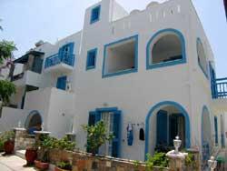 MIKES STUDIOS IN  Naxos town, Agios Georgios
